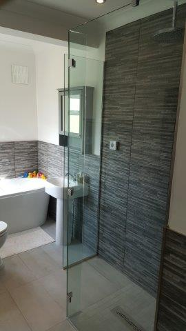 Frameless Shower Glass Sidcup