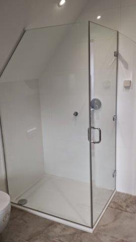 Frameless Shower Chislehurst