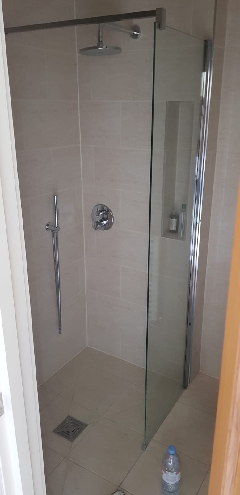 toughened shower glass